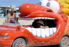 Carros customizados de maneira divertida