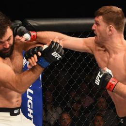 Top 5 finalizações e nocautes de lutadores do UFC 203