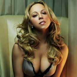 Mariah Carey demite diretor criativo após performance vergonhosa no ano novo