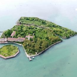 Conheça 7 ilhas que você não vai acreditar que existem!