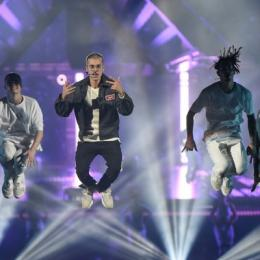 Justin Bieber anuncia música nova após cancelar turnê