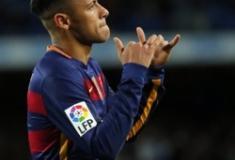 O Neymar no PES2018 já vai estar no PSG?