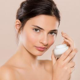 8 novos hábitos anti-idade aprovados pelos dermatologistas