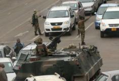 Militares tomam o controle no Zimbábue e Mugabe é detido