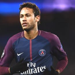 Neymar abandona entrevista após se irritar com pergunta sobre o Real Madrid