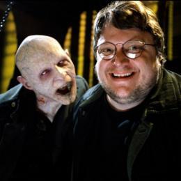 Guillermo del Toro recusou controle dos Monstros da Universal