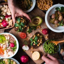10 tendências de alimentação saudável que vão bombar em 2018