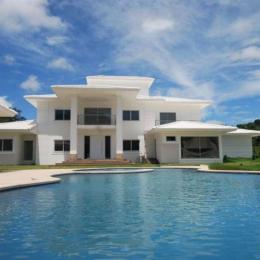 Top 10 mansões luxuosas e caras dos famosos
