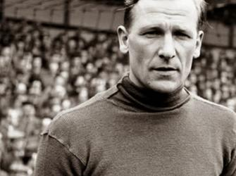 Bert Trautmann, o nazista que se tornou ídolo do futebol inglês