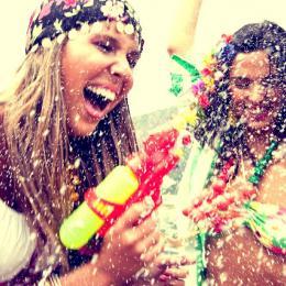 Faça a sua make de Carnaval durar muito mais!