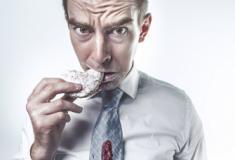 Pesquisa revela que comer lentamente ajuda a perder peso
