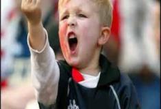 De quem é a culpa de termos crianças e jovens tão mal educados?