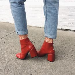 Trend alert: bota vermelha é aposta das fashionistas