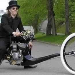 20 motos bizarras que jamais deveriam ter saído do projeto