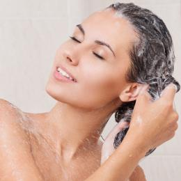 No-poo e Low-poo: Como lavar o cabelo sem shampoo!