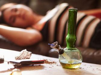 Descubra o comportamento que pode fazer a pessoa usar  e viciar em drogas
