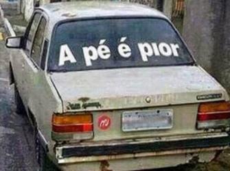 20 frases de vidro de carro que vão fazer você morrer de rir