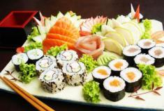 Pratos de comida japonesa mais consumidos no Brasil