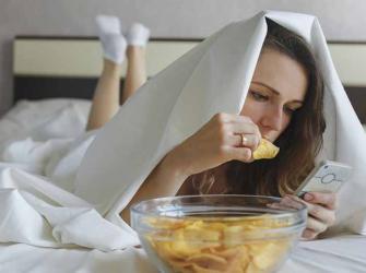 Podemos ou não comer antes de dormir?