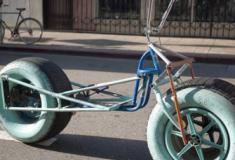 Algumas bicicletas com estilos diferentes
