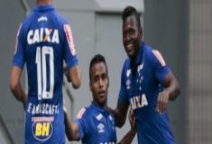 Ex-jogador do Cruzeiro tem rede social invadida com conteúdo pornográfico