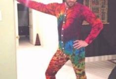 Estilo um tanto bizarro em vestir-se