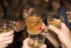 """O nível mais seguro de consumo de álcool é """"Não beber nada"""", diz estudo"""