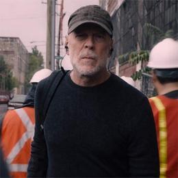 Sr. Vidro e A Besta unidos no segundo trailer (legendado) de Vidro