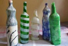 Pintura em garrafas de vidro