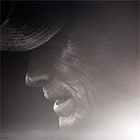 Clint Eastwood e Bradley Cooper em trailer legendado de A Mula