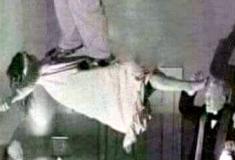Usando a bruxaria para os afazeres doméstico