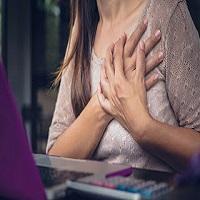Dor no peito: tipos, causas e como proceder em cada caso