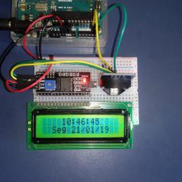 Relógio Digital Arduino com módulo RTC de alta precisão e adaptador I2C para display