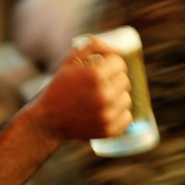 Polícia dos EUA procura voluntários para ficarem bêbados em treinamento