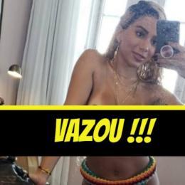 Vazam muitas fotos da cantora Anitta mostrando quase tudo