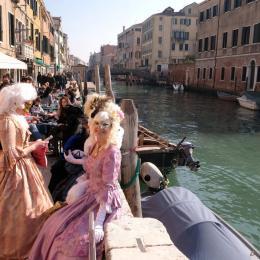Veneza aprova nova 'taxa de entrada' para controlar turismo de massa
