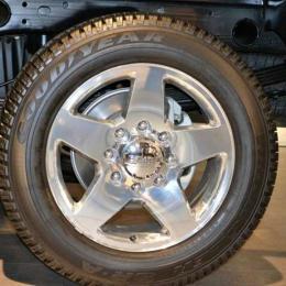 Goodyear revela conceito de pneus para carros voadores no Salão Automóvel de Genebra