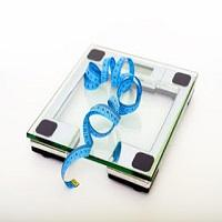 Existe peso ideal? O que você deve saber sobre o número que aparece na balança