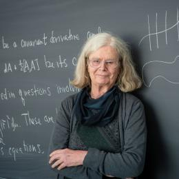 Americana é a primeira mulher a vencer prêmio de matemática
