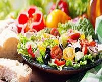 Excluir alimentos da dieta não emagrece: especialista explica