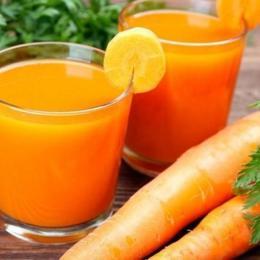 Xarope de cenoura, limão e mel, contra a tosse e gripe