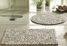 Como fazer um tapete de seixos