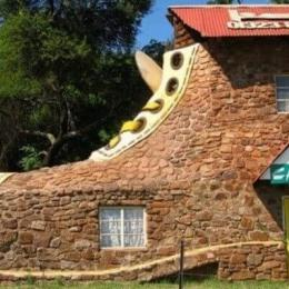 Algumas casas bizarras que parecem ter vindo de outro planeta