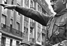 Saiba os times de coração (ou os que mais lhes convinham) de alguns ditadores da história