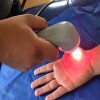 Aparelho de pesquisadores da USP consegue zerar dor da fibromialgia