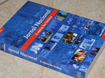 Resenha literária: Jornal Nacional - A notícia faz história