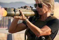 Sarah Connor no trailer de O Exterminador do Futuro: Destino Sombrio
