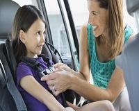 7 mitos e verdades sobre o uso da cadeirinha infantil no carro