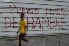 """Morrer vira """"solução"""" para sair da crise na Venezuela e número de suicídios explode"""