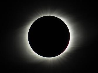Eclipse solar total abre temporada de fenômenos astronômicos no Chile